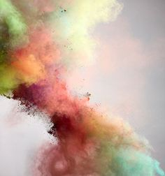 los colores no definen quien eres en realidad ... es solo un simple juego en el que tu tienes que aprender a jugar...