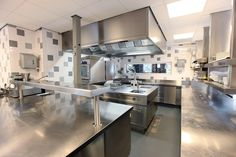 Kitchen, Best Restaurant Kitchen Design Layout Example With Lighting And Modern Decorating Ideas: How to Design a Kitchen Layout