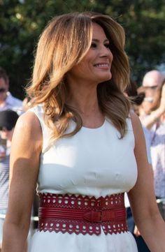 Inauguration 2017, Melania Knauss Trump, Trump Hair, Malania Trump, Trump Is My President, First Lady Melania Trump, Happy Independence, Stunningly Beautiful, Economics