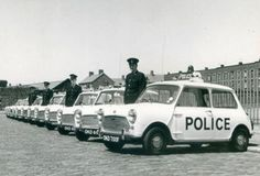 Help help the mini police are after me! 1967 Austin Mini Cooper S Police Cars Mini Cooper Classic, Mini Cooper S, Classic Mini, Classic Cars, British Police Cars, Old Police Cars, Old Fashioned Cars, Mini Morris, Emergency Vehicles