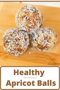 Healthy Energy Apricot Balls in 5 Minutes. It is no bake recipe and very quick to make. The ingredients are simple. From apricot, walnuts to maple syrup. How easy it that! And so so HEALTHY! #healthy Mini Desserts, Desserts Keto, Healthy Dessert Recipes, Baking Recipes, Snack Recipes, Vegan Recipes, Healthy Snack Options, Healthy Recipes On A Budget, Healthy Meals For Kids