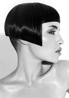 Frank Apostolopoulos – Hair Expo Australian Hairdresser of the Year Finalist Short Bob Hairstyles, Vintage Hairstyles, Short Hair Cuts, Short Hair Styles, Hair Expo, Corte Y Color, Hair Reference, Hair Art, Hair Designs