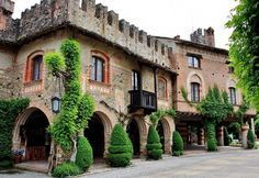 It & # he the Italian village among the most visited and loved .- E& lui il borgo italiano tra i più visitati e amati di sempre ⋆ It & # he the Italian village among the most visited and loved ever - Italy Vacation, Italy Travel, Italy Trip, Milan Travel, Italian Village, Living In Italy, Italy Holidays, Places In Italy, Italy Tours