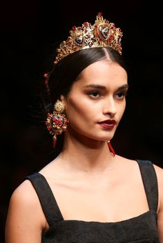 Dolce & Gabbana Spring 2015 Ready-to-Wear - Details - Gallery - Style.com