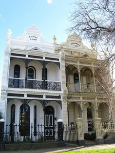 Victorian terrace house, the house that we never get to live in (melbourne) Melbourne Architecture, Australian Architecture, Australian Homes, Amazing Architecture, Victorian Terrace House, Victorian Homes, Terrace House Exterior, Facade House, House Color Schemes