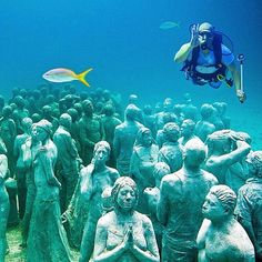 #FridayFeature! It's like diving into a whole new world in #Cancun's underwater museum. Diving into its clear waters allows divers to come face to face with several sculptural installations, much like the ones pictured here. Tag a diving buddy - who wants to go diving? Thanks @leandrorodrigodelima for the picture and @matadornetwork for sharing using #bbctravel! #weirdandwonderful #Mexico #diving #travelstoke