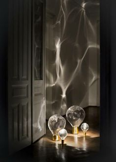 Mi compi de Decoración de Interiores no deja de sorprenderme con las lámparas que saca, me he quedado boquiabierta con el efecto de estas! que os parecen?