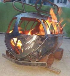 VW Camper Gas or Wood Burning Fire pit, Metal Projects, Welding Projects, Projects To Try, Welding Ideas, Gas Bottle Wood Burner, Metal Fire Pit, Fire Pits, Chiminea, Log Burner