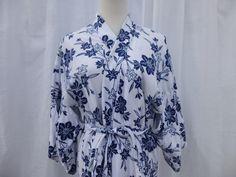 1d0d2087c10d Vintage 70s 80s Indigo Floral Japanese Korean Cotton Kimono Robe M White  Blue Asian Garden Flowers