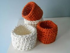 DIY crochet baskets with trapillo