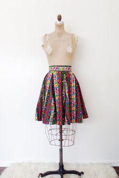 Vintage jupe Folk / Floral haute taille Mini / TR par PlumeCanyon, $40.00
