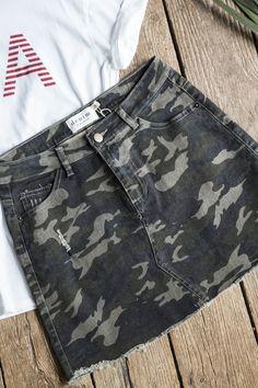 Frayed Hem Camo Skirt