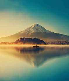 "Helena PIRES on LinkedIn: ""Le Mont Fuji au lac kawaguchiko, au Japon. Beautiful World, Beautiful Places, Wonderful Places, Beautiful Scenery, Mount Fuji Japan, Landscape Photography, Nature Photography, Travel Photography, Simplicity Photography"