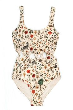 One-Piece Swimsuits to Pack for Your Warm-Weather Vacation This vintage-inspired print (featuring unicorns and medieval florals) avoids looking dated through the peek-a-boo twists at the waist. Barett Outfit, Fun One Piece Swimsuit, Lace Swimsuit, Buy Swimsuit, Unicorn Swimsuit, Lingerie Babydoll, Mode Cool, Cooler Look, Cute Bathing Suits