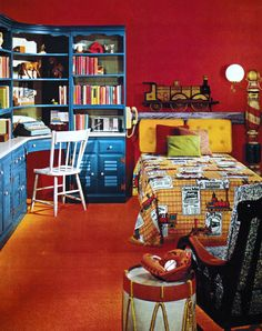"""Back in the day, my neighbor's son's room was similar to this. Maybe the theme was more """"Bicentennial/Spirit of than trains and drums, but it was close. Vintage Teenage Bedroom, Vintage Room, Bedroom Vintage, Retro Vintage, Vintage Interior Design, Vintage Interiors, Interior Ideas, Retro Bedrooms, Girl Bedrooms"""