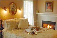 Martha's Vineyard South Haven, MI.   a Beautiful Bed & Breakfast.