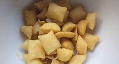 Faça o Salgadinho de Pimenta (Tipo Torcida) em casa e economize (a receita rende bastante) com muito sabor! Veja Também: Biscoitinhos de Queijo Parmesão Ve