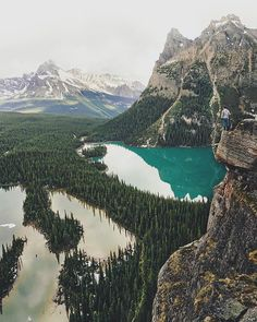 Overlooking insane views of Lake O'hara, Canada Photo by @jacksondematos""