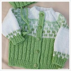 Baby Booties Knitting Pattern, Baby Knitting Patterns, Knitting Designs, Baby Patterns, Free Knitting, Knit Baby Dress, Knitted Baby Cardigan, Knit Baby Sweaters, Crochet Baby Clothes