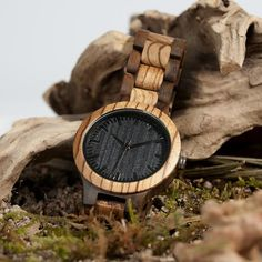 Quartz Analog Men's Wooden Watch with All Wood Strap