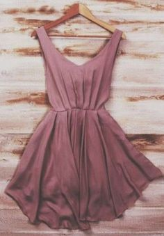 I adore the simplicity, not to mention how beautiful mauve is....