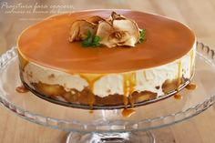 prajitura fara coacere cu mere si crema de branza Gluten Free Desserts, Just Desserts, Romania Food, Easter Pie, Romanian Desserts, Cake Vegan, Icebox Cake, Something Sweet, Great Recipes
