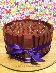 yummmmm malteser and kitkat cake i want i want!!