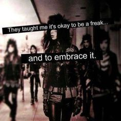 Black Veil Brides no one can judge me if I do like being emo and getting tattoos piercings and were a lot of black u can't stop me Black Veil Brides Andy, Black Viel Brides, Emo Bands, Music Bands, Rock Bands, Andy Biersack, Pierce The Veil, Vail Bride, We Are The Fallen