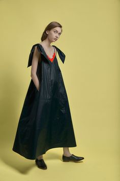 Vika Gazinskaya Fall 2018 Ready-to-Wear Fashion Show Collection