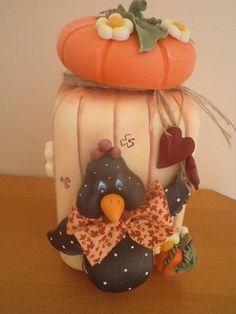 Pote Invicta quadrado 2L pintado e decorado com biscuit estilo country