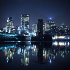 I live here, I love this city and I love the people in this city. Vive le français, vive la poutine et vive la belle vie à Montrel! :)
