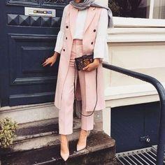 40 Elegant Hijab for Working – Hijab Fashion Modest Fashion Hijab, Modern Hijab Fashion, Street Hijab Fashion, Casual Hijab Outfit, Hijab Chic, Muslim Fashion, Suit Fashion, Modest Outfits, Fashion Outfits