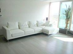 Max2917 - L-Shape White Leather Sofa