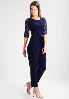 Vêtements Wallis Petite Combinaison - navy bleu foncé: 70,00 € chez Zalando (au 13/04/17). Livraison et retours gratuits et service client gratuit au 0800 915 207.