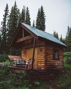 """2,422 Likes, 15 Comments - Log Cabins (@cabinsdaily) on Instagram: """"Would you live here? Tag a friend you'd take! Follow @outdoorists . Via @lostintheforrest"""""""