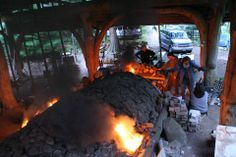 Great view of Gordon Hutchens' anagama kiln from Facebook. Under the guidance of master builder Dr. Yukio Yamamoto almost thirty years later, Hutchens realized a long-held dream with the construction of his own Tozan Anagama kiln on Denman Island, BC