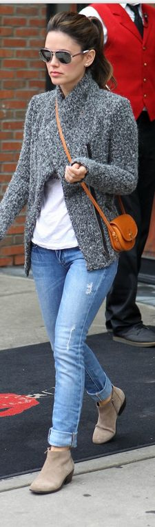 Can I just be Rachel Bilson?! Totally agree Charlie! Fashion style with Isabel Marant ankle boots #isabelmarant #sneakers #boots #shoes #ukisabelmarant
