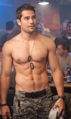 Holy mother of hotness. D.J. Cotrona aka Flint in the GI Joe movie. I need a time out. Me-ow.