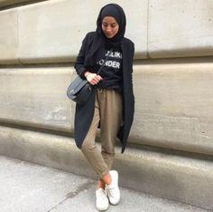 Casual winter hijab looks – Just Trendy Girls Cute Modest Outfits, Cute Winter Outfits, Chic Outfits, Fashion Outfits, Modest Wear, Casual Winter, Women's Fashion, Modern Hijab Fashion, Muslim Fashion
