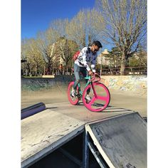La confianza es algo que tardamos mucho tiempo en conseguir pero basta un mínimo fallo para perderla en segundos.! #Bike #fixied #leonesp #leon #top #buenastardes #nofixie #pedal #live#cal #bikelife  by reyci_agramonte