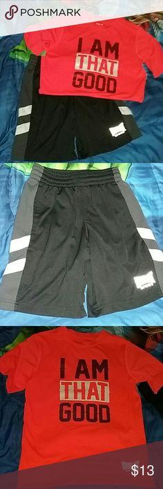 Boy's matching outfit Boy's matching outfit, size small (6/7) good condition, smoke free home. Matching Sets