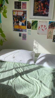 Room Design Bedroom, Room Ideas Bedroom, Bedroom Decor, Bedroom Inspo, Dream Rooms, Dream Bedroom, Pretty Room, Aesthetic Room Decor, Indie Room Decor