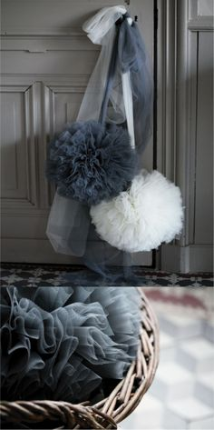 Pompom m Greim Tulle Projects, Diy Projects, Pom Pom Mobile, Creation Deco, Shop Layout, Stationery Craft, Home Deco, Diy Wedding, Christmas Diy