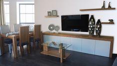 Mueble en varias medidas  y colores, realizado en madera maciza de fresno y lacado. Flat Screen, Solid Wood, Wood Living Rooms, Custom Furniture, Dorm Rooms, Colors, Blood Plasma