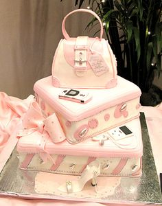is that just the cutest cake ever!