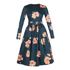 Bold flower print with a 50s feel. What's not to love!