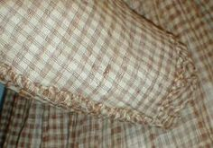 gown sleeve detail