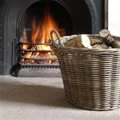 A touch of country living with the Grey Kooboo Round Basket from The Cotswold Company. Country Style Living Room, Modern Country Style, Woodworking Furniture, Fine Woodworking, Parlor Games, Rustic Fireplaces, Round Basket, Cottage In The Woods, Living Styles