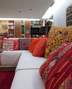 Living Room Nook Ideas: Sunken Design by Alexander Girard   Modern Interiors