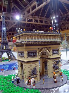 Arc de Triomphe PARIS with Lego bricks